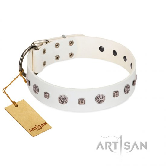 """Drops on Snow"" Handmade FDT Artisan White Leather American Bulldog Collar Adorned with Silver-Like Studs"