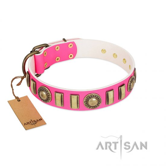"""La Femme"" FDT Artisan Pink Leather American Bulldog Collar with Ornate Brooches and Small Plates - Click Image to Close"