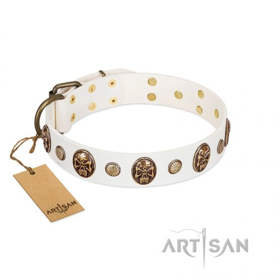 """Fatal Beauty"" FDT Artisan White Leather American Bulldog Collar with Old Bronze-like Studs and Oval Brooches"