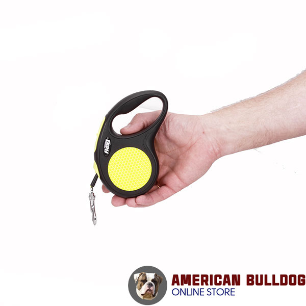 Convenient Handle on Dog Retractable Leash for Everyday walking