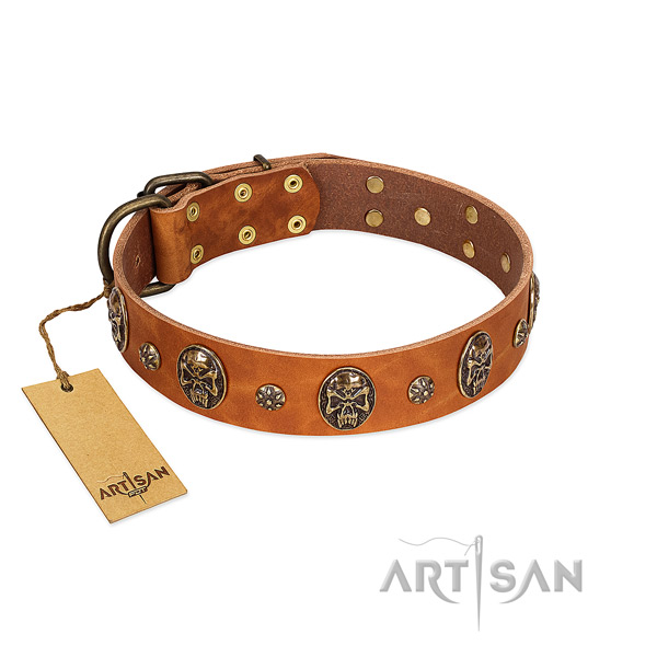 Easy adjustable full grain leather collar for your pet
